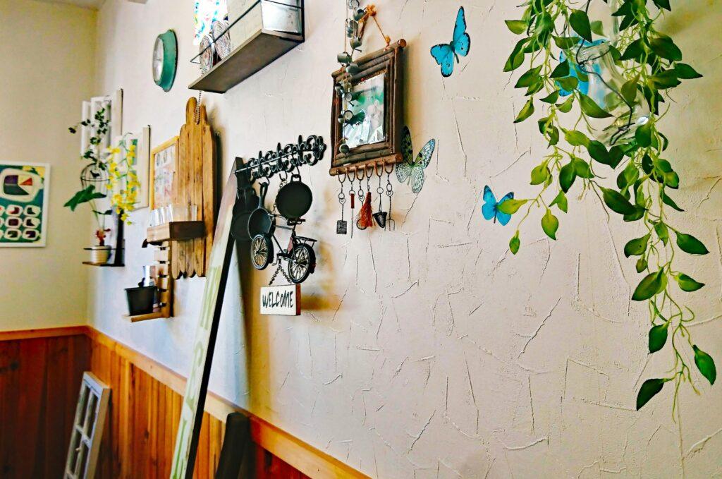 壁、照明の掃除方法。梅雨時期も気分をあげていきましょう(^^♪